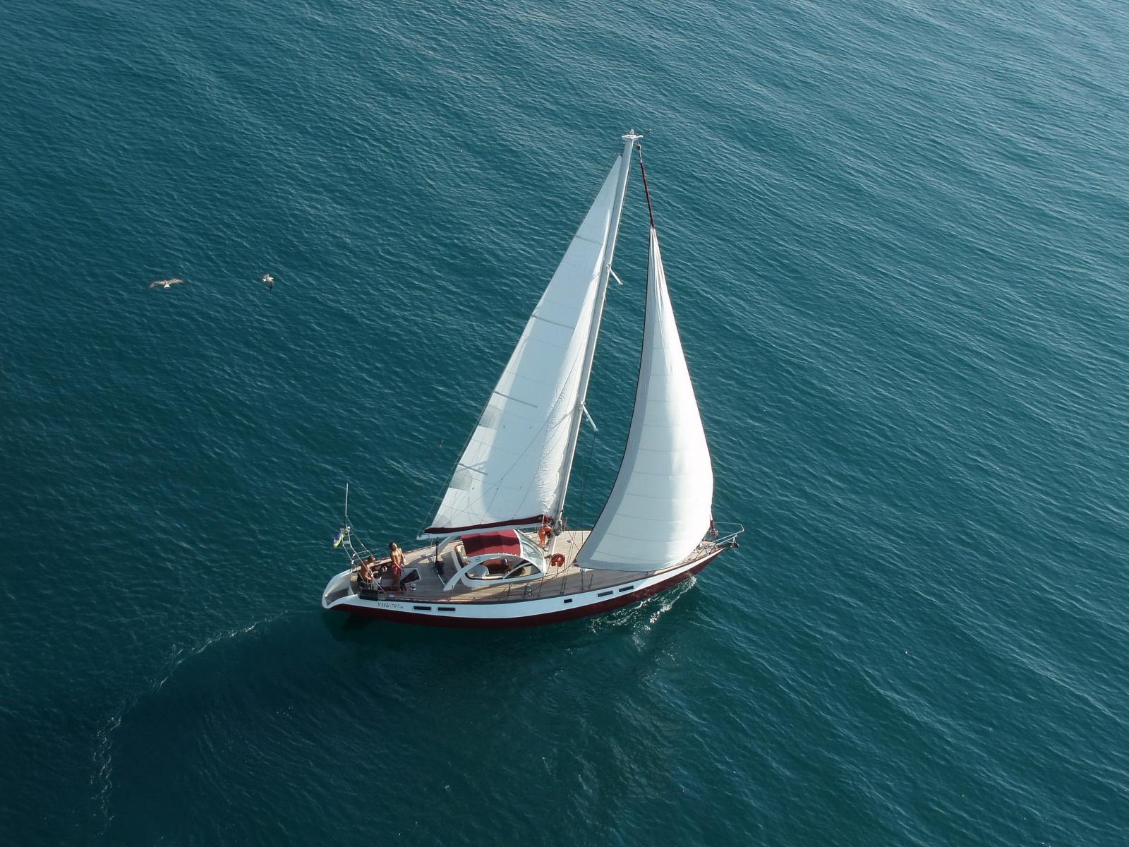 Прогулки на яхтах в Крыму. Активный отдых, туры и приключения ...